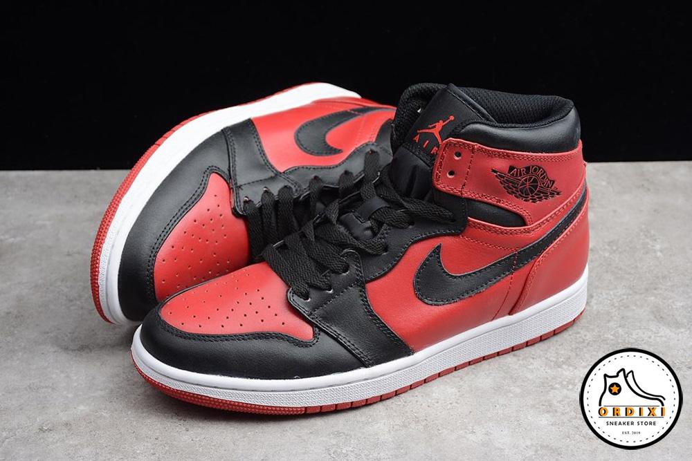 "pretty nice 5c645 57bfc Giày Nike Air Jordan 1 Mid ""Banned"" Gym Red Black-White 554724-610"