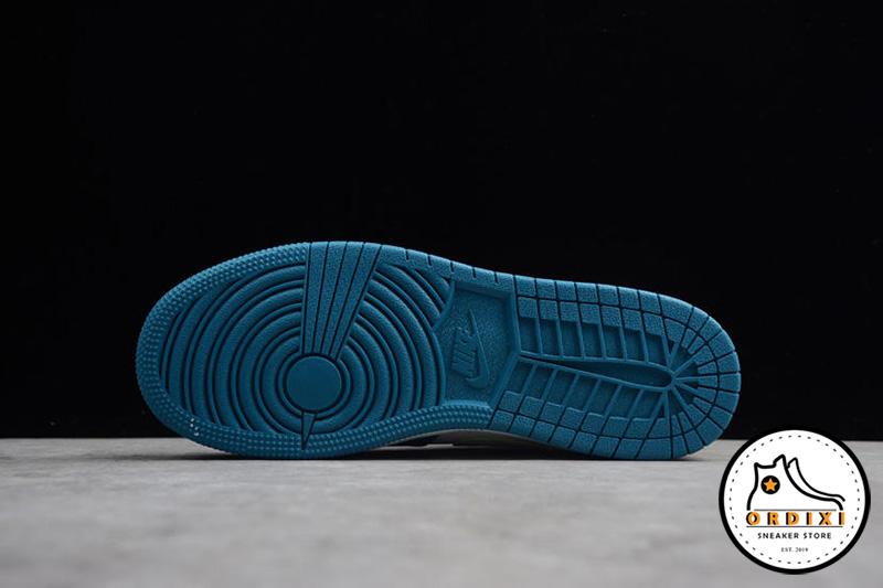 giay-nike-air-jordan-1-mid-white-blue-gs-555112-2