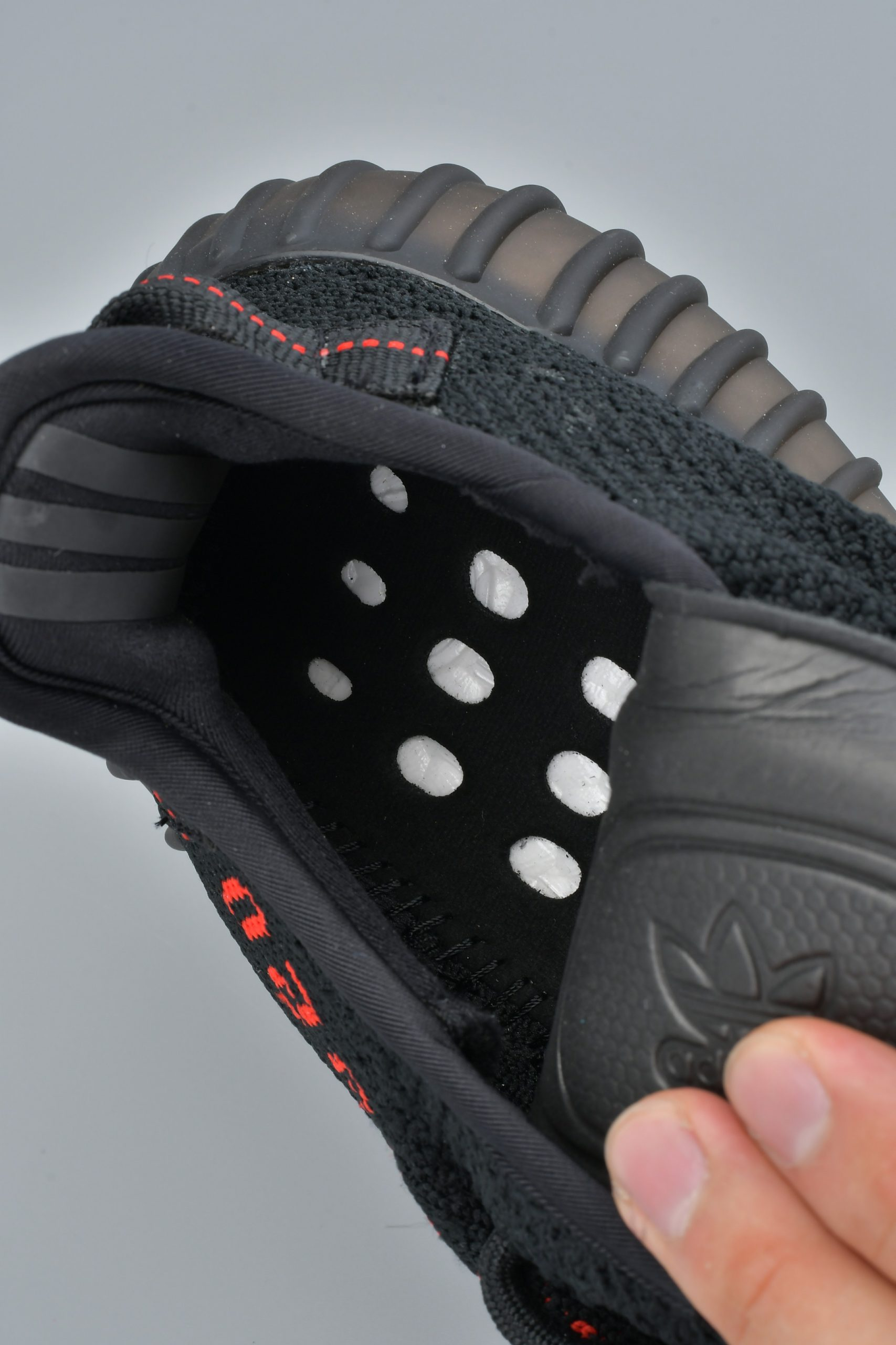 Giày Adidas Yeezy Boost 350 V2 Bred10