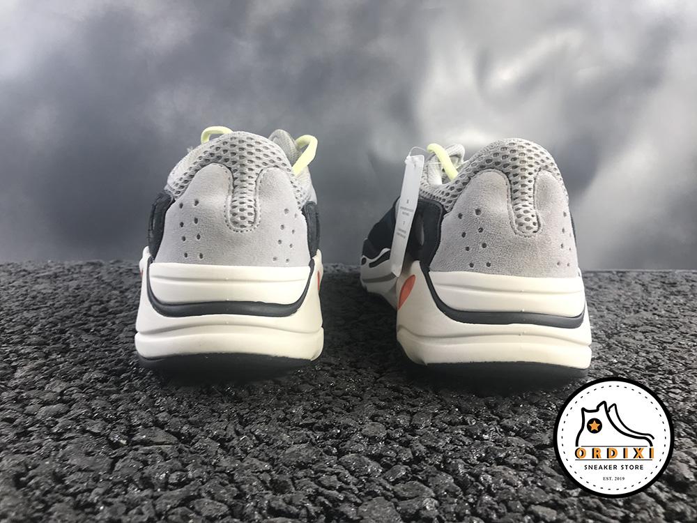 giay-adidas-yeezy-700-wave-runner-boots-calabasas-b7557111-5